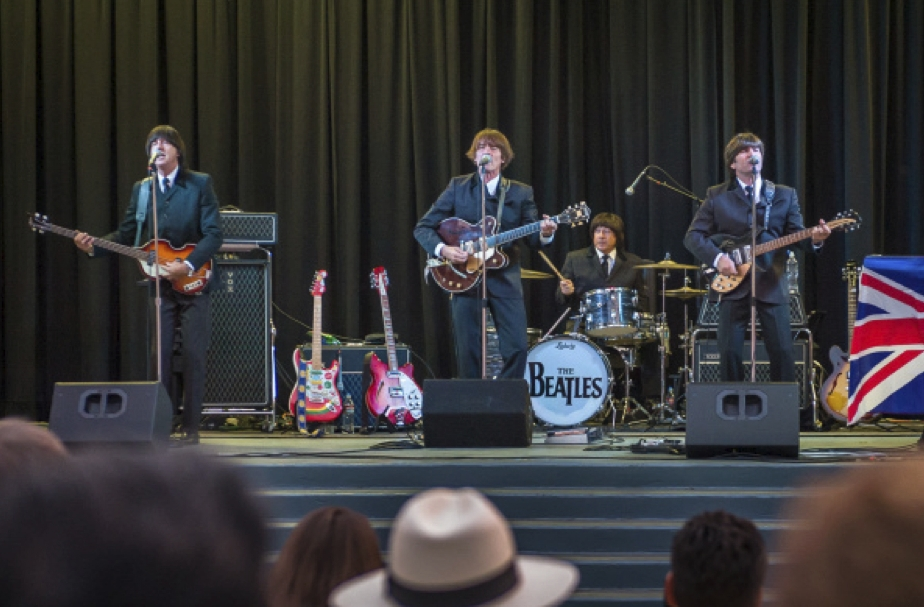 Band The Beatles Experience 4