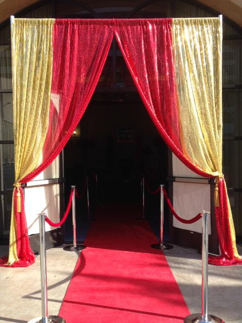 casino-decor-entrance-smaller-option
