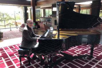 Pianist Boyd at Dove Canyon
